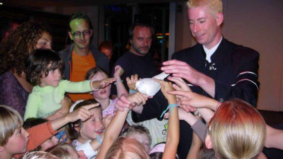 Stan Vitko | magicien illusionniste